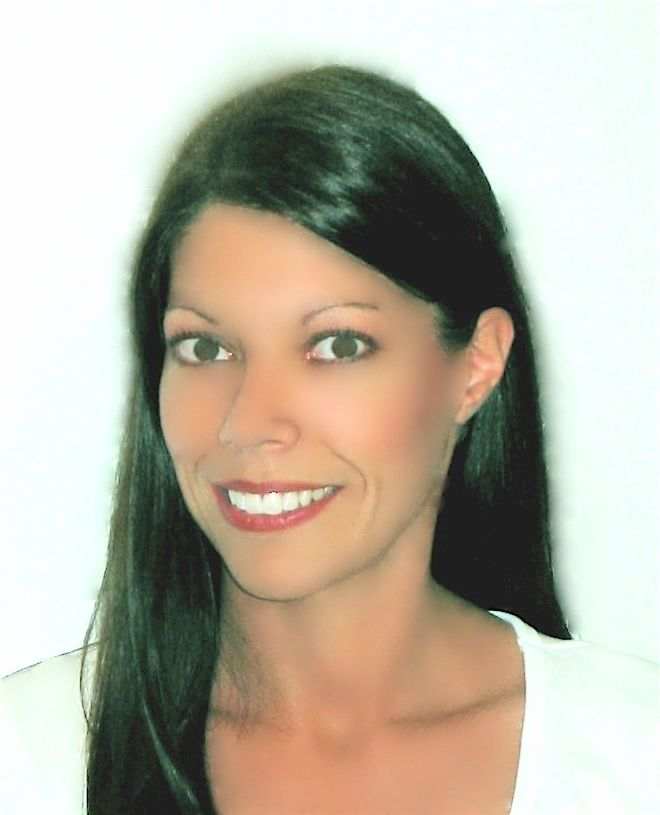 Boca Raton REMAX Realtor Jenniffer Lee wih RE/MAX Complete Solutions
